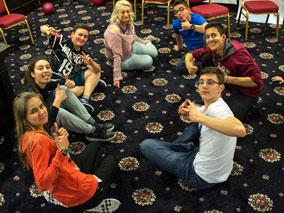 Тийнщайн, тренинг за тийнейджъри